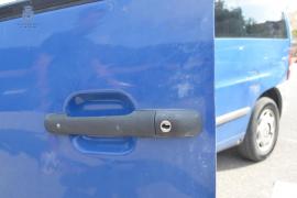 Detenidos dos jóvenes, uno de ellos menor, cazados in fraganti cuando robaban un coche en Ibiza