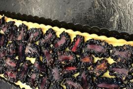 La tarta de limón y moras de Chicote que «quita el sentido»