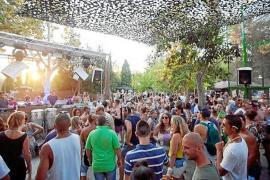 Vecinos de Can Bonet estudian querellarse contra el Ayuntamiento por la fiesta Zoo Project