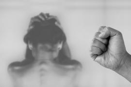 Vila dirige una formación a mujeres vulnerables por violencia machista junto a Médicos del Mundo