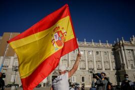 El PP lanza una campaña para ensalzar la bandera