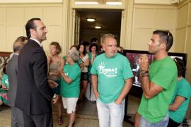 UOB acusa al Govern de recortar los contratos de los docentes interinos