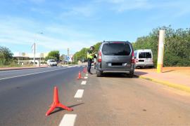 La Policía Local de Sant Antoni denuncia a 36 conductores por no usar el cinturón de seguridad