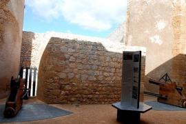La Policía denuncia a más de 50 personas que participaban en dos fiestas en Ibiza y Sant Antoni
