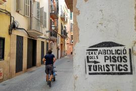 Turisme deja de sancionar a las plataformas que ofrecen alquiler vacacional sin licencia