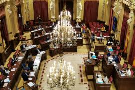 El Parlament permitirá a ciudadanos, entidades y colectivos formular preguntas al Govern en plenos y comisiones