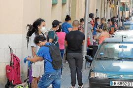 Solo 1.270 de los 24.400 solicitantes de las Islas cobran ya el ingreso mínimo vital