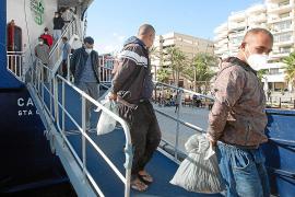 Buscan a dos inmigrantes que abandonaron el hotel de Ibiza donde estaban en aislamiento