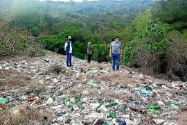 Greenpeace denuncia un vertedero ilegal en Felanitx