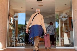 Desplome del 78% en los ingresos turísticos de Ibiza, según Exceltur