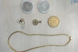 Libertad para los dos detenidos por robar joyas y dinero de una casa por valor de 35.000 euros