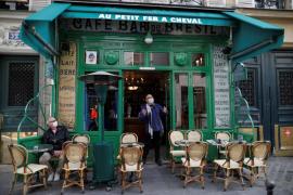 Francia extiende el toque de queda a otros 38 nuevas zonas