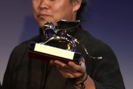 El surcoreano 'Pietà', León de Oro de una 'Mostra' que premia a 'The Master'