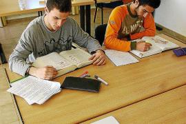 Los universitarios eligen las residencias y colegios mayores para su primer año
