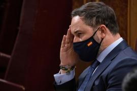 Abascal dice que los gobiernos con el PP no peligran a pesar de la «agresión» de Casado
