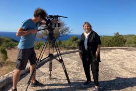 El canal de televisión ARTE graba en la isla programas sobre la Ibiza más cultural