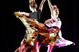 'Frida' llega a las Pitiusas con un diálogo entre danza, teatro, música y audiovisuales