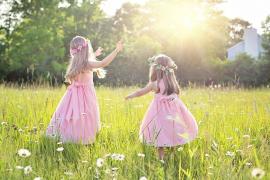 El color rosa «oprime y reprime» a las niñas, según un estudio del Ministerio de Igualdad
