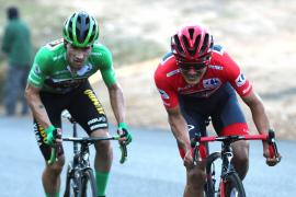 Roglic gana un brutal duelo en Moncalvillo a Carapaz, que sigue líder de La Vuelta