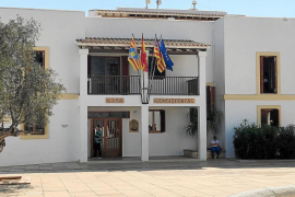 La Justicia revoca dos contrataciones de personal del Consell de Formentera
