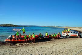Finaliza el servicio de socorrismo y salvamento de playas en Formentera