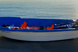 La Guardia Civil intercepta a 14 inmigrantes llegados en patera a Formentera
