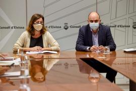 Armengol viaja este miércoles a Ibiza para analizar la evolución de la pandemia