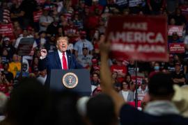 La campaña de Trump presenta demandas en tres estados con el objetivo de detener el recuento