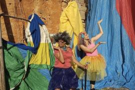 El Teatre Principal de Santanyí presenta la obra de teatro 'Lapislàtzuli i l´Àfrica' en el Festival s´Illo