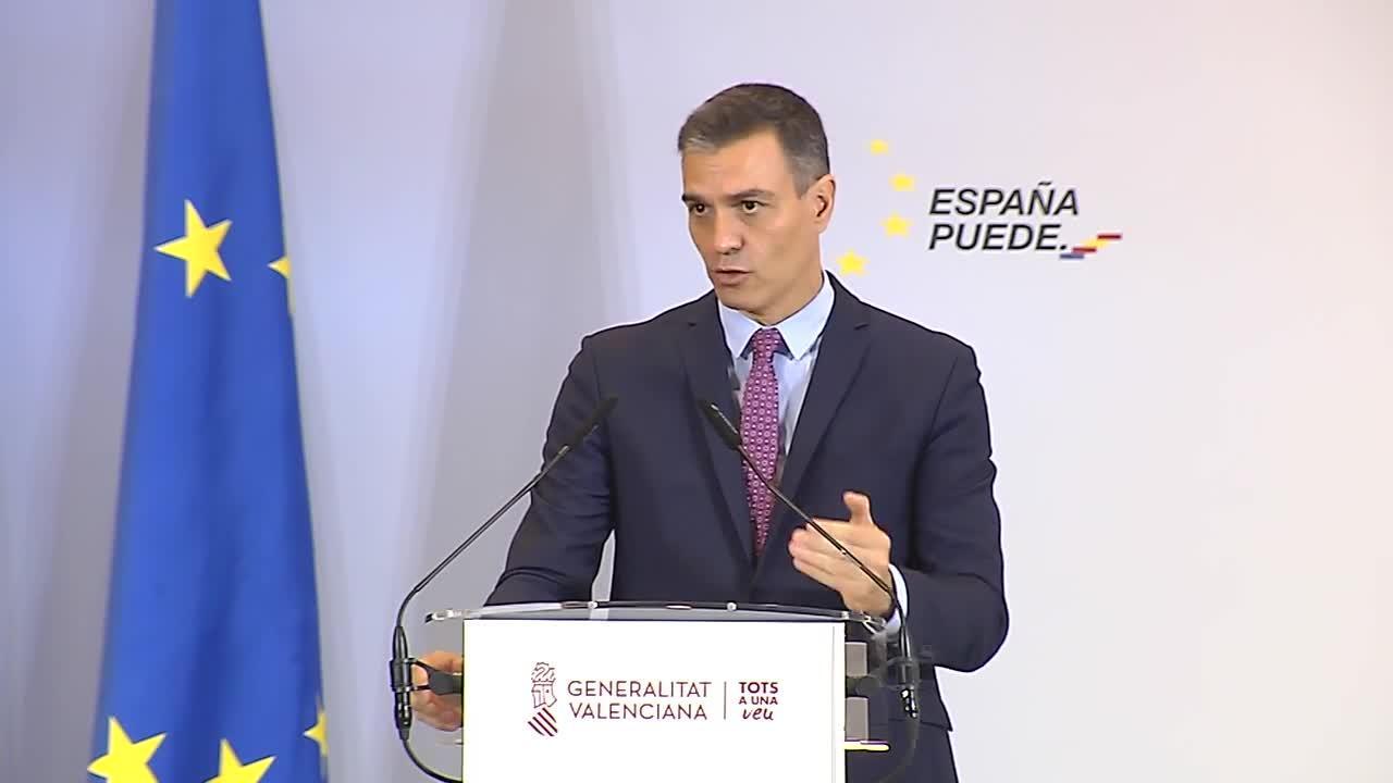 Sánchez dice que las campañas de vacunación «podrían estar» en mayo, para el fin del estado de alarma