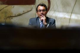"""Mas dice que Cataluña """"hará su camino"""" y crea el """"embrión"""" de Hacienda propia"""
