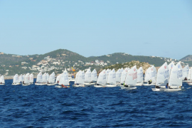 Joan López, líder provisional en el Campeonato de Ibiza de Optimist