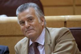 Bárcenas ofrece colaboración a los fiscales del caso Gürtel y de la caja b del PP