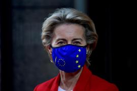 Bruselas espera dar luz verde este miércoles al acuerdo con Pfizer y Biontech para comprar su vacuna
