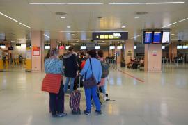 España exigirá una PCR negativa en origen a los viajeros que lleguen desde países de riesgo