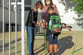 Satisfacción por las nuevas medidas en los centros para prevenir los contagios