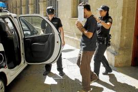 El conductor dice que no se enteró del atropello mortal, pero el juez lo envía a prisión