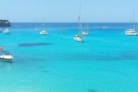 El litoral de Formentera puede registrar 3.849 anclajes simultáneos, según un estudio