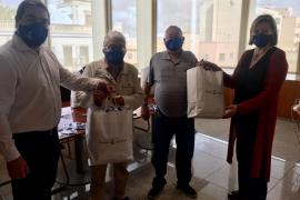 El Consell de Ibiza entrega 400 mascarillas reutilizables a la Llar Eivissa