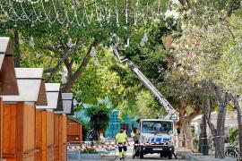 Vila y Santa Eulària reducen sus presupuestos para las luces de Navidad
