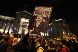 El presidente peruano Manuel Merino dimite de su cargo en medio de las protestas