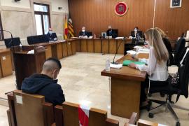 Condenado a cinco años de cárcel por abusar de una amiga ebria durante una fiesta en Mallorca