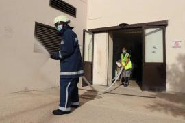 Simulacro de incendio en la lavandería del hospital Can Misses