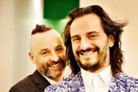 Asier Etxeandia y José Luis Huertas celebran sus doce años de amor