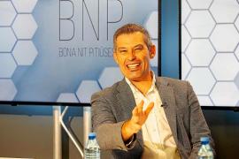 Juan Miguel Costa: «Pedir PCR a todos los visitantes es la mejor manera de blindarnos contra el virus»