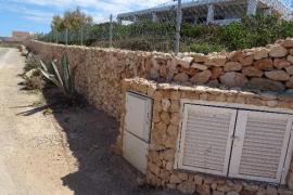 Territori impone una sanción de más de 125.000€ por obras sin autorización en la costa de Sant Josep