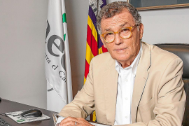 Doctor Javier Cortés