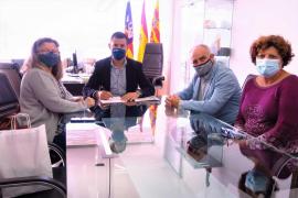 Sant Antoni firma el convenio de colaboración con la Associació Artesanal de Portmany