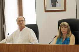Sánchez- Jáuregui quita la portavocía a Juan Daura y se la asigna a Pilar Marí