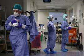 La incidencia acumulada en España baja de 400 por primera vez en un mes